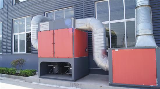 我们为中国南车集团做分体式滤筒除尘器操作培训